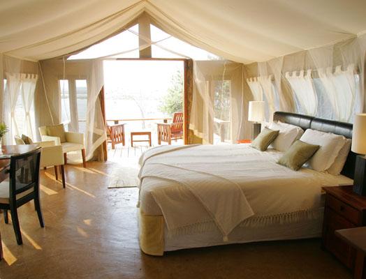 - royal zambezi lodge - wetu - small